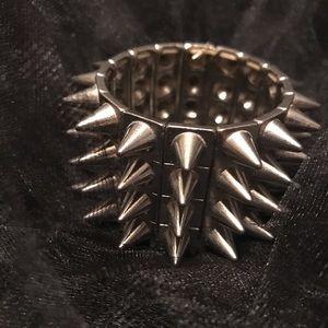 Silver spike stretch bracelet
